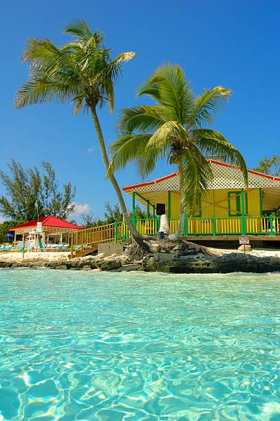 nassau beach - nassau new providence stockfoto's en -beelden