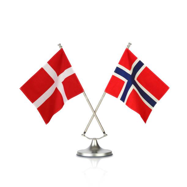 national flagge - norwegen fahne stock-fotos und bilder