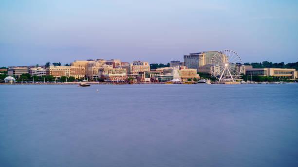 national harbor maryland - luogo d'interesse nazionale foto e immagini stock