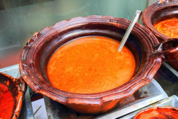 Nacional comida mexicana en un restaurante de moda - foto de stock