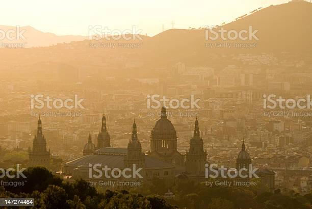 Palacio Nacional Foto de stock y más banco de imágenes de Barcelona - España