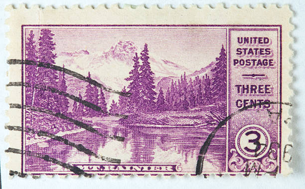 parc national de mount rainier circa 1934 timbre-poste - 1934 photos et images de collection