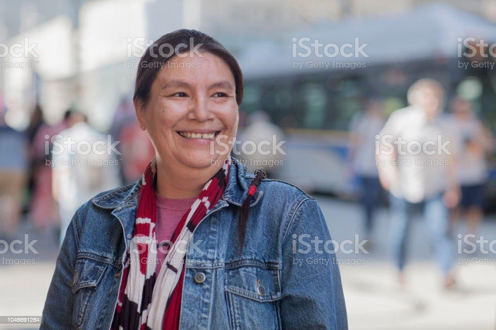 Gebürtige amerikanische Dame street portrait – Foto