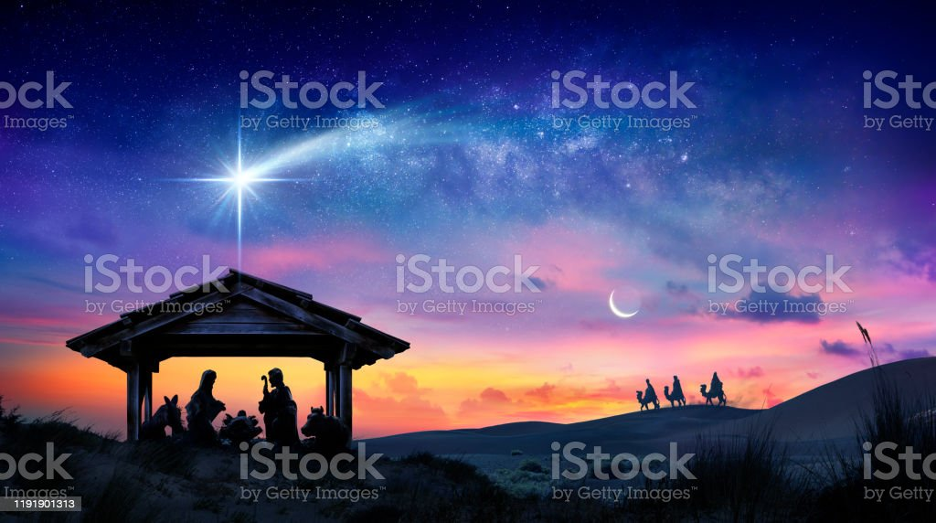 Nativité de Jésus - Scène avec la Sainte Famille avec la comète au lever du soleil - Photo de Avent libre de droits