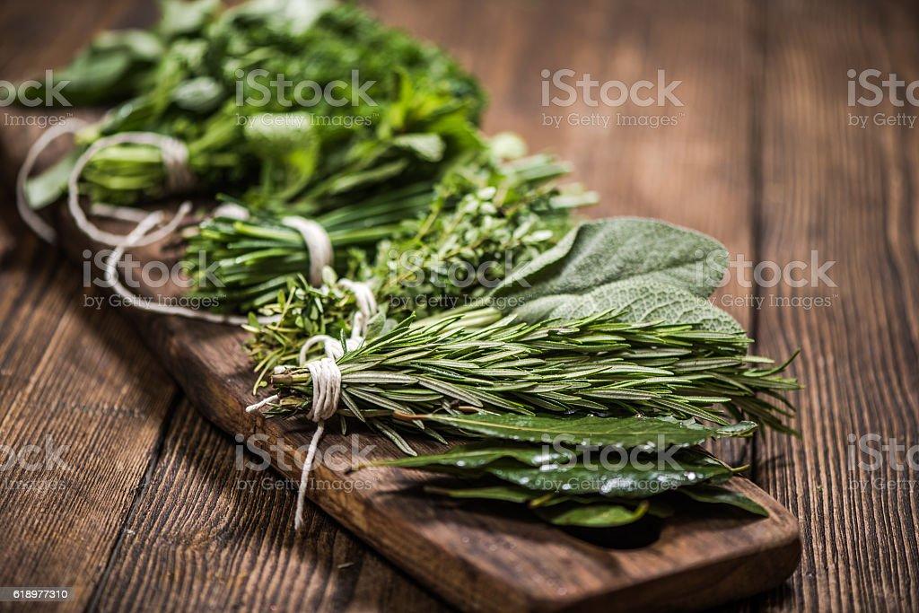 natural aromatic herbs - Foto stock royalty-free di Alimentazione sana