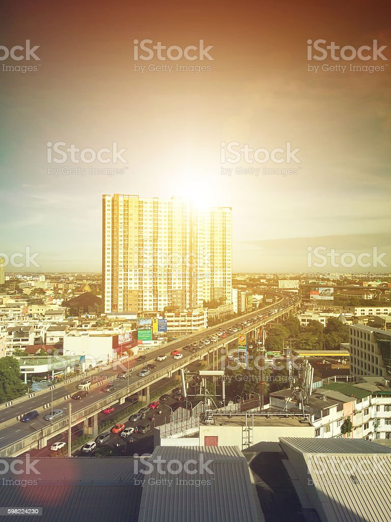 Natural background blurring.warm colors and bright sun light. Gr foto royalty-free