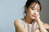 アジアの若い女性の自然な美の肖像