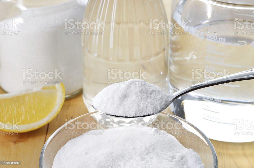 Soda Reinigung Pflastersteine : nat rliche reinigung essig baking soda salz zitrone stockfoto und mehr bilder von das leben zu ~ Watch28wear.com Haus und Dekorationen