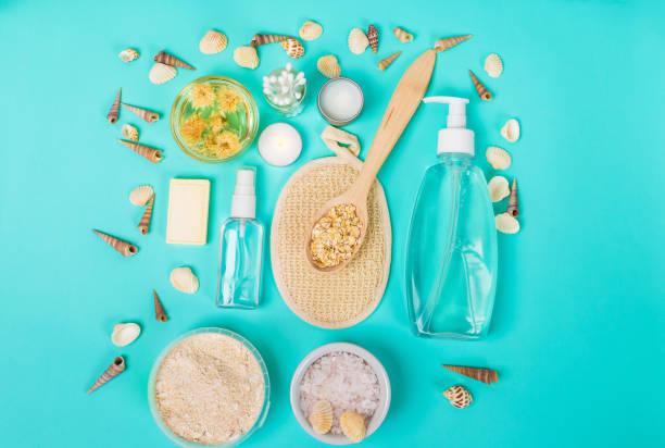 heimischen naturprodukte zur hautpflege. hafer, öl, seife, gesichtsreiniger - makeup selbst gemacht stock-fotos und bilder