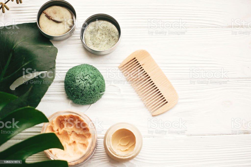 Natural Eco Friendly Solid Shampoo Bar Wooden Brush