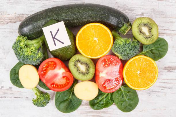 Natürliche Inhaltsstoffe als Quelle Kalium, Vitamin K, Mineralstoffe und Ballaststoffe – Foto