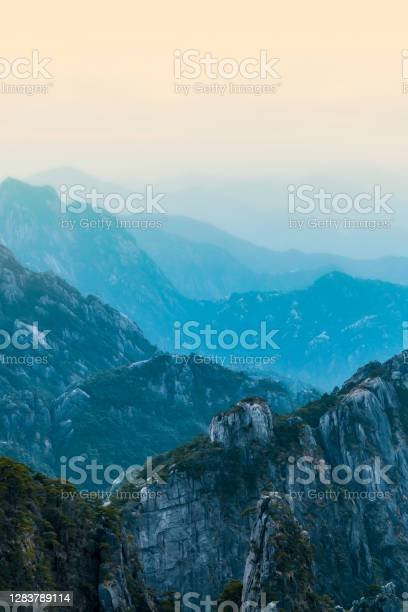 Photo of Natural landscape of sunset in Huangshan