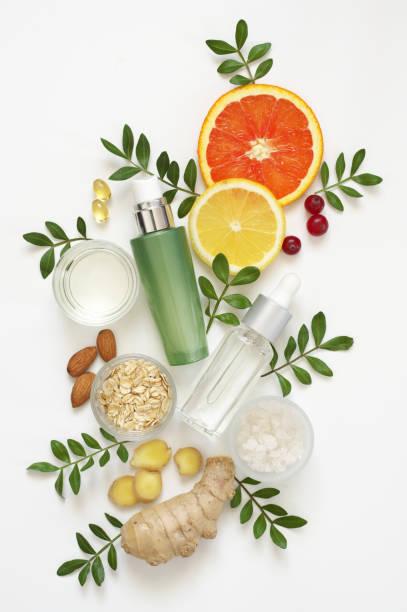 cosméticos orgânicos naturais no branco - composição - fotografias e filmes do acervo