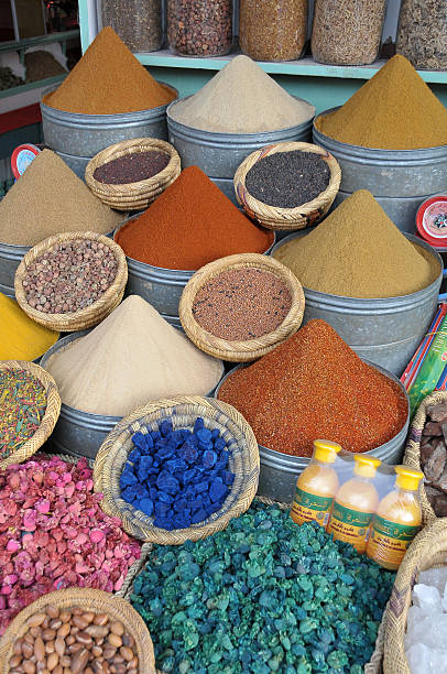 Natural products in a souk of Marrakech - foto de stock