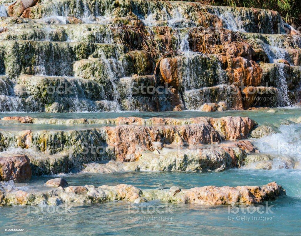 Natürliche Wellness Thermen von Saturnia, Italien – Foto