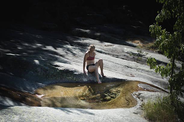 nature bath - randonnée corse photos et images de collection