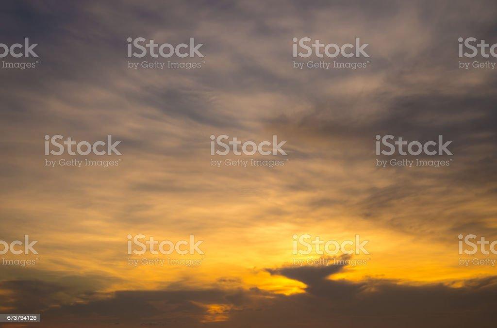 Nature landscape scene of morning sunrise or evening sunset twilight sky time. photo libre de droits