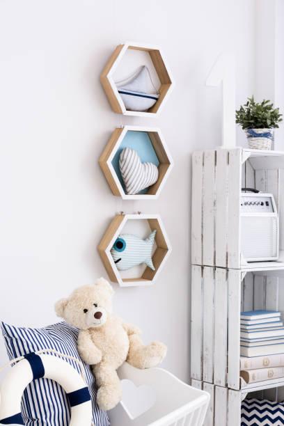 nautical interior for little child - nautisches schlafzimmer stock-fotos und bilder
