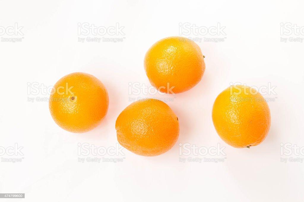 オレンジからへその高角度のビューで、白背景 ストックフォト