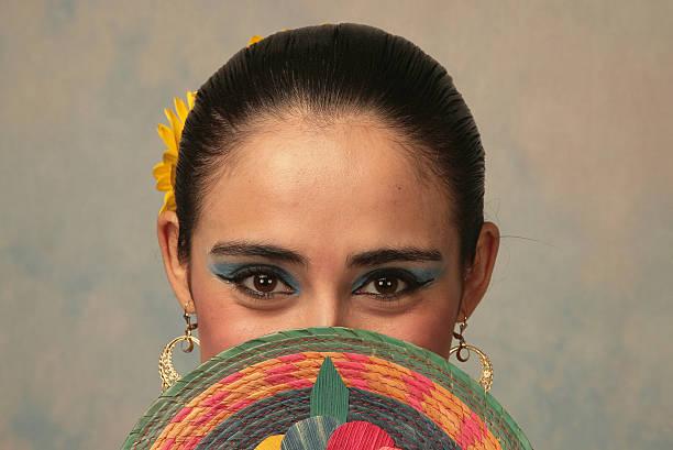 nayarit folk-tänzer - mexikanische möbel stock-fotos und bilder