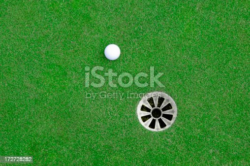 istock Near the Hole 172728282