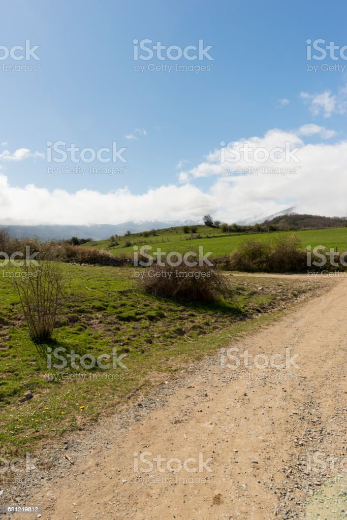 Near the village of fontibre in cantabria photo libre de droits