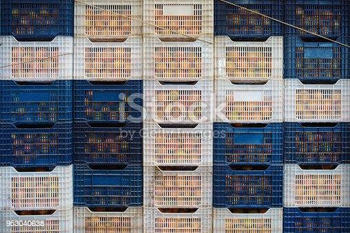 istock Neatly arranged fruit basket, fruit warehouse. 953040638
