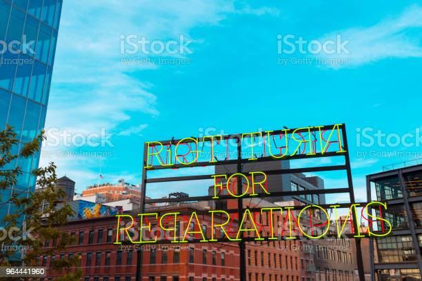 Foto de Sinal De Neo Manhattan Nova Iorque e mais fotos de stock de Arte, Cultura e Espetáculo