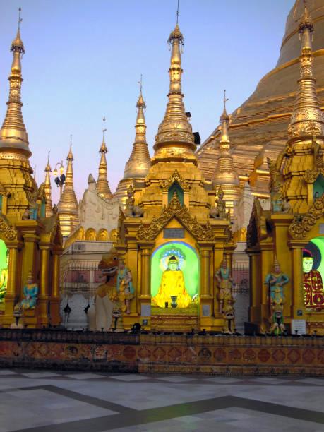 Bouddha de néon - Photo