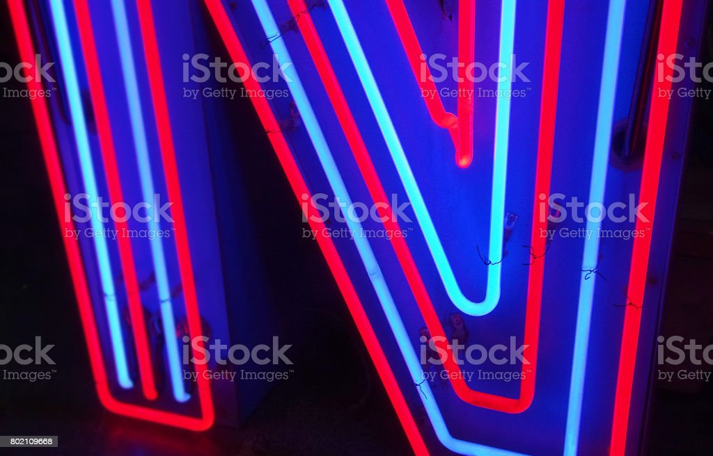 Neon-Kanal Buchstabe N – Foto