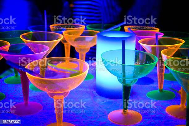Neon disco glow party cocktails picture id532787307?b=1&k=6&m=532787307&s=612x612&h=glbbro9vxebej svfmyybnbtjq1lntt4f8rckttmb3e=