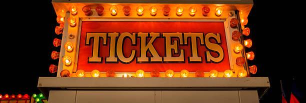 neon ticket sign - foto de acervo