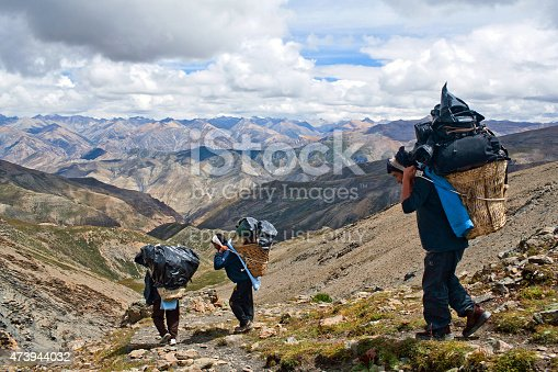 1067846662 istock photo Nepalese porters 473944032