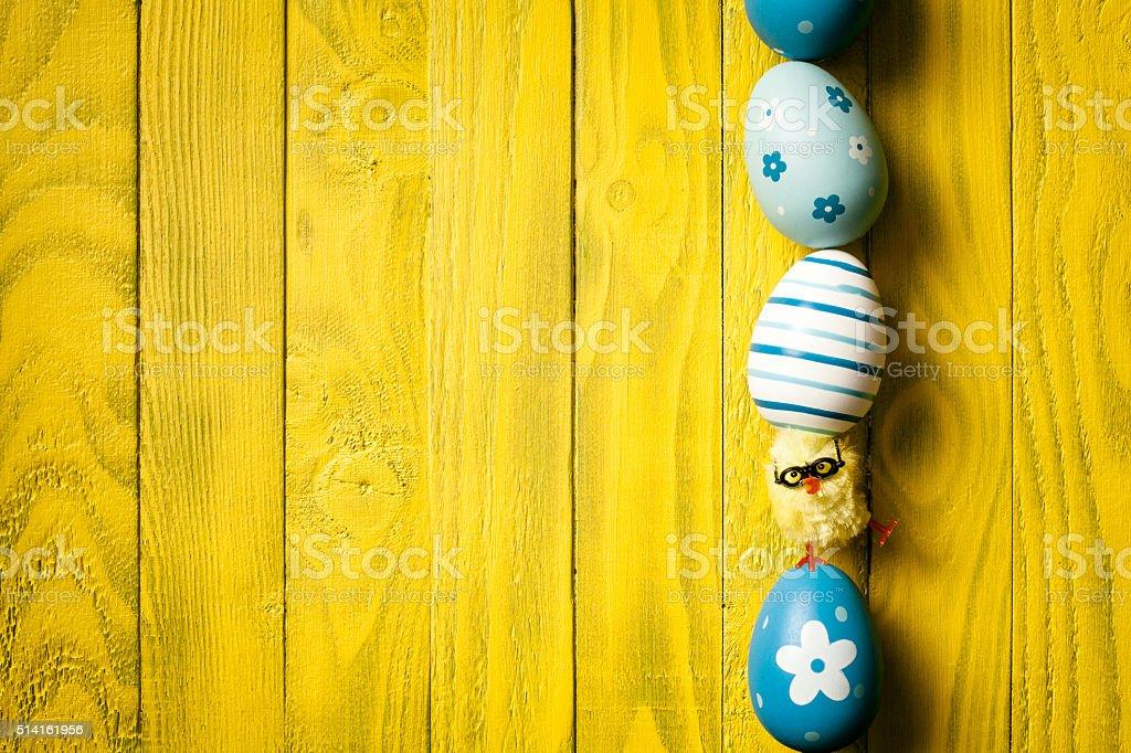Nerd de Pâques Oeuf de poulet, équilibrant l'humour bois fond de la saison - Photo