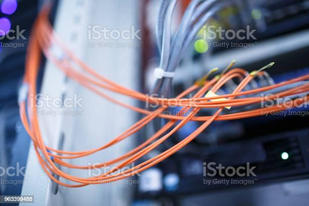 Kable Sieciowe I Zbliżenie Koncentratora - zdjęcia stockowe i więcej obrazów Bez ludzi
