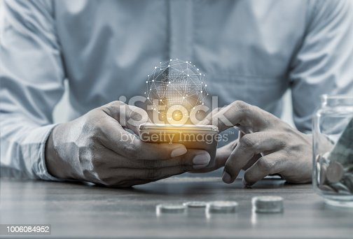 istock Networking people concept 1006084952