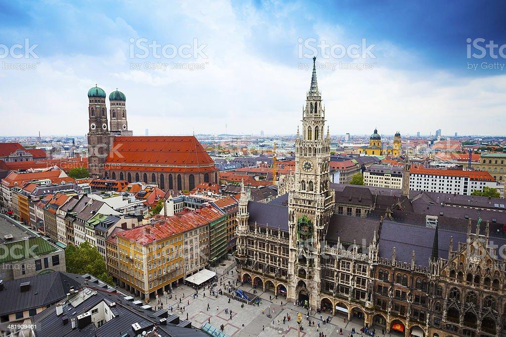 Neues Rathaus Glockenspiel, Frauenkirche Bavaria stock photo