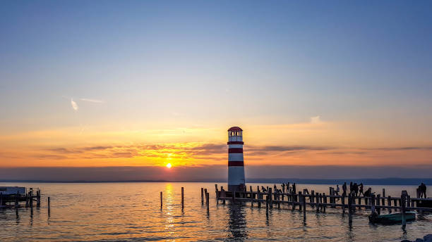 neusiedlersee - lighthouse on the lake by the sunset - burgenland stock-fotos und bilder