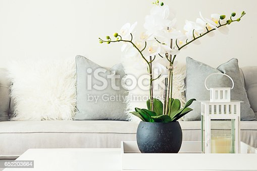White modern home decoration