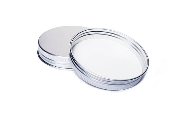 새로운 알루미늄 캡 또는 위한 병 뚜껑 - 뚜껑 뉴스 사진 이미지