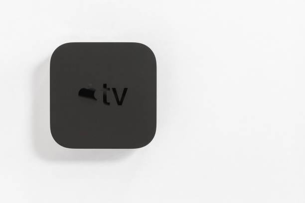 Neue Apple TV Media Streaming-Player Mikrokonsole von Apple Computers - nicht isoliert auf weiß. – Foto