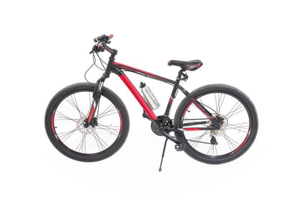 neues fahrrad isoliert auf einem weißen hintergrund. - stahlrahmen rennrad stock-fotos und bilder