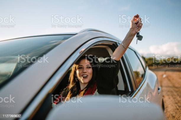 New driver picture id1127393632?b=1&k=6&m=1127393632&s=612x612&h=4ngvp9a2ibztfeardemq3q zrqfym kqsbatlahag3o=