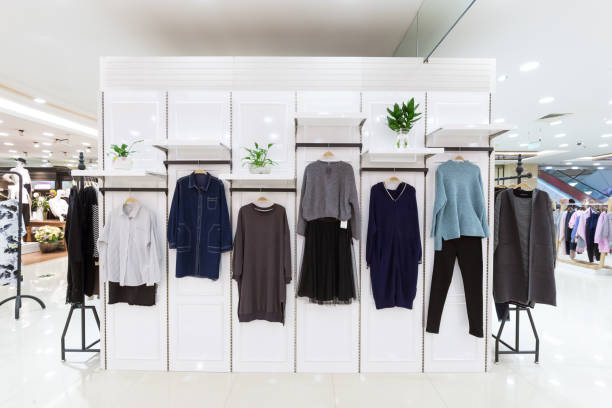 nouvelle mode dans le centre commercial moderne - Photo