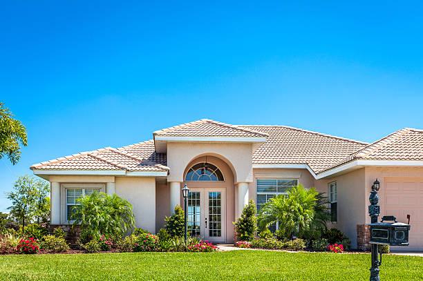 neues zuhause - haus in florida stock-fotos und bilder