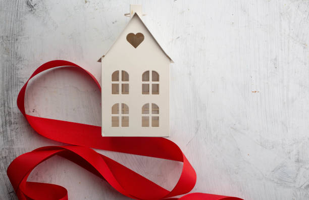 新しい家のコンセプト - アイコン プレゼント ストックフォトと画像
