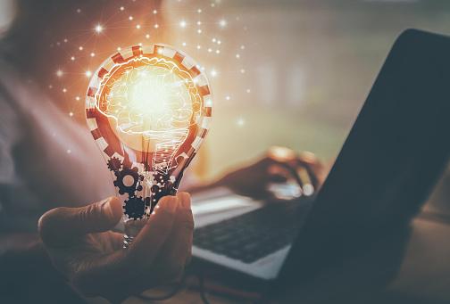 New Ideas With Innovation And Creativity — стоковые фотографии и другие картинки Абстрактный