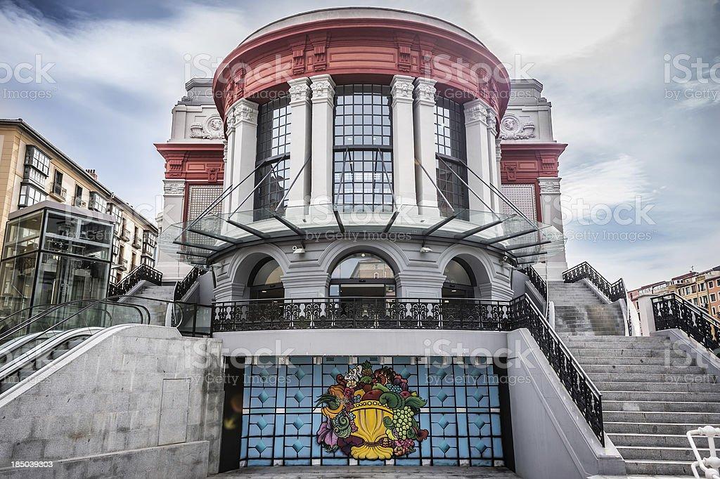 Nuovo La Ribera mercato di Bilbao - foto stock