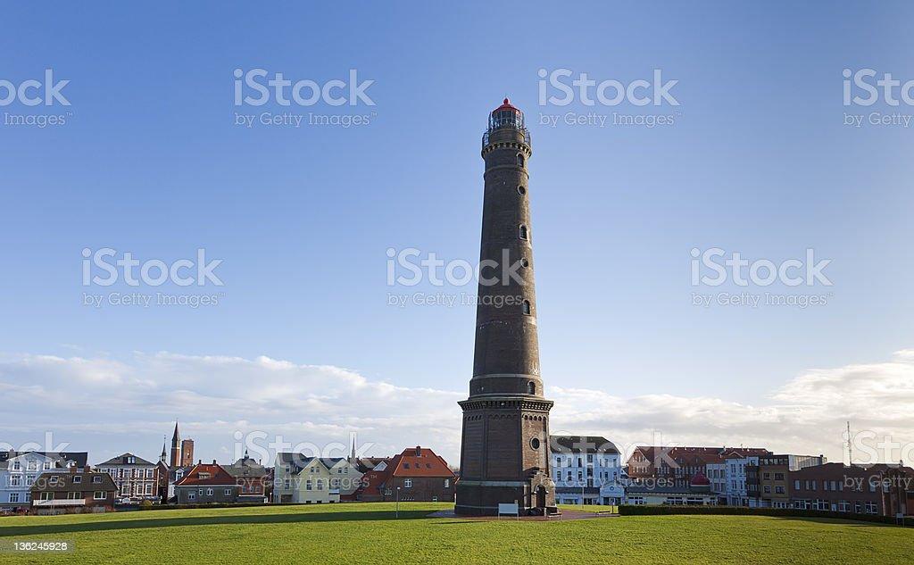 Neue Leuchtturm und Stadtzentrum in Borkum island – Foto
