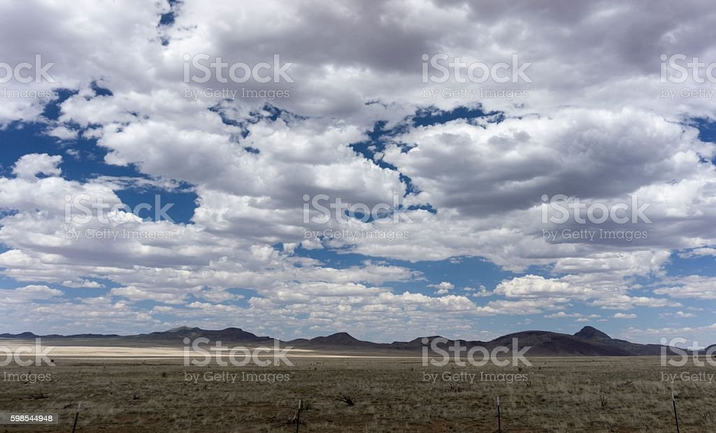 New Mexico landscape with sky and clouds photo libre de droits
